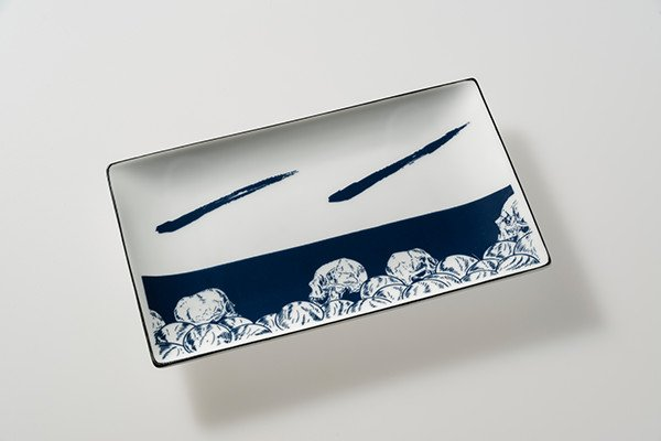 画像1: 藍髑髏長角皿 (1)